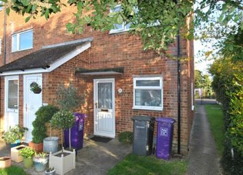 Thumbnail 1 bed maisonette to rent in Icknield Close, Hitchin