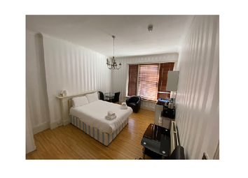 Thumbnail Studio to rent in Holland Road, Holland Park/Shepherds Bush