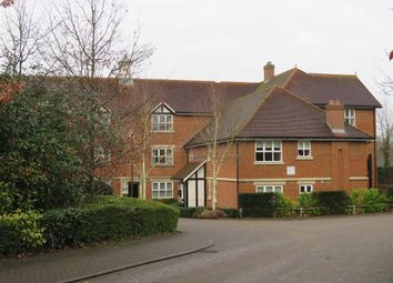 Thumbnail 2 bed flat to rent in St. Johns Road, East Grinstead