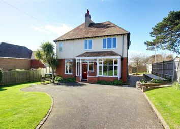 4 bed detached house for sale in Salvington Hill, Worthing, West Sussex BN13