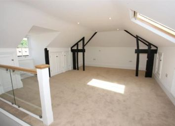 Thumbnail 3 bed flat to rent in West Street, Farnham, Surrey