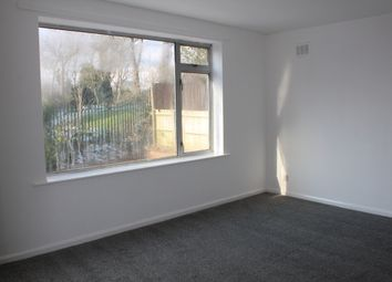 Thumbnail 2 bed flat to rent in Moat Road, Oldbury
