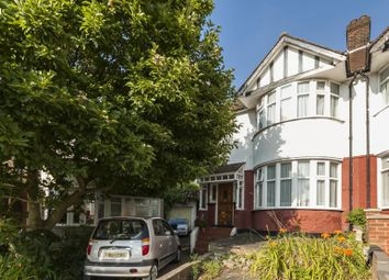 Thumbnail Room to rent in Southfields, Hendon