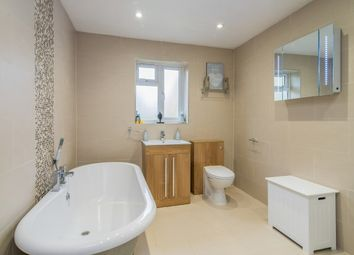 Thumbnail 3 bedroom property to rent in Farringdon Way, Tadley