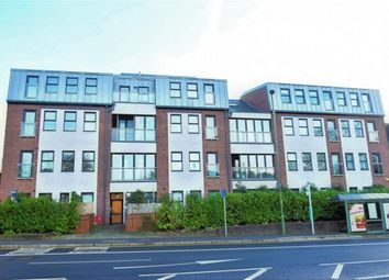 Thumbnail 2 bed flat to rent in Upper Charles Street, Camberley