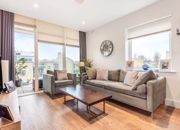 Thumbnail 2 bed flat for sale in Richmond, London