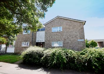 Thumbnail 1 bedroom flat for sale in Mynchens, Basildon