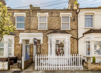 Thumbnail 2 bed flat for sale in Cochrane Road, London