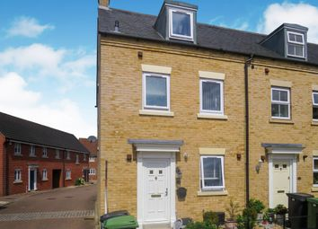 3 bed end terrace house for sale in Field Acre Way, Long Stratton, Norwich NR15