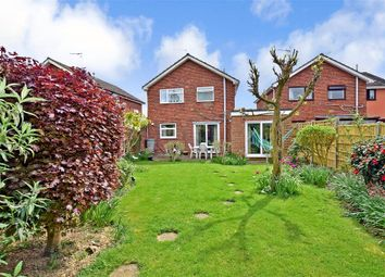 4 bed link-detached house for sale in Birch Road, Paddock Wood, Tonbridge, Kent TN12