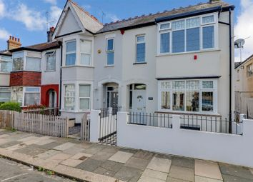 Ronald Park Avenue, Westcliff-On-Sea SS0. 3 bed semi-detached house