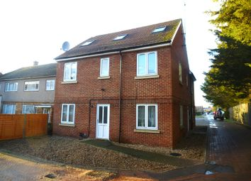 Thumbnail 2 bed flat for sale in Lea Road, Hoddesdon