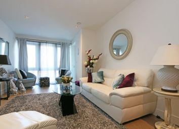 Thumbnail 2 bed flat to rent in Kew Bridge Road, Kew