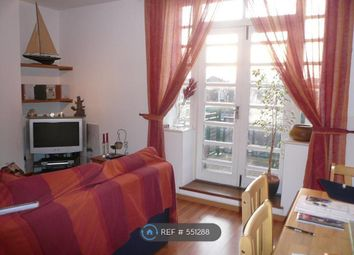2 bed maisonette to rent in Rotherhithe Street, London SE16