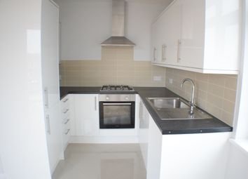 Thumbnail 2 bed flat to rent in Penwith Road, Earlsfield, South West London