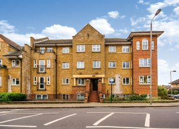 Thumbnail 2 bed flat to rent in St. James's Drive, London
