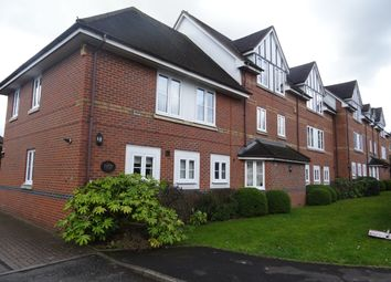 Thumbnail 2 bed flat to rent in Shenfield Road, Shenfield