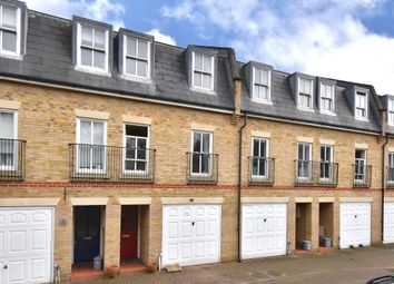 3 bed town house for sale in Sussex Mews, Catford, London SE6