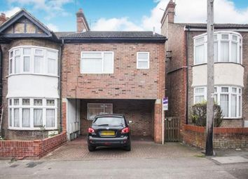 1 bed maisonette for sale in Periwinkle Lane, Dunstable, Bedfordshire, England LU6