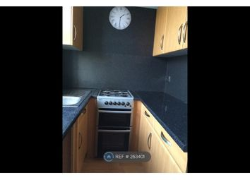 Thumbnail 1 bed flat to rent in Glenwood Avenue, Westcliff On Sea