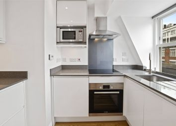 1 bed property to rent in Hayward's Place, Clerkenwell, London EC1R