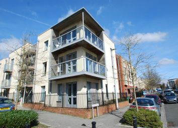 Thumbnail 2 bed flat to rent in Wall Street, Plymouth