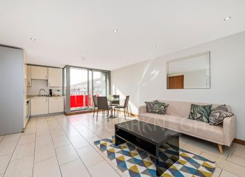 Thumbnail 1 bed flat to rent in Kew House, North Road, Brentford