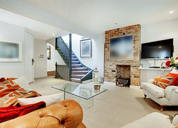 2 bed maisonette for sale in West Hill, London SW18
