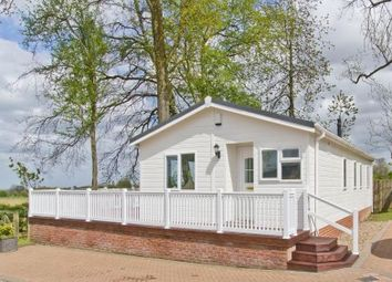 Thumbnail 2 bed mobile/park home for sale in Labour In Vain Road, Wrotham, Sevenoaks