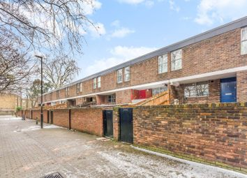 Thumbnail 3 bedroom flat for sale in Essex Road, Canonbury, London