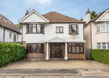 4 bed property for sale in Hampton Court Way, Thames Ditton KT7