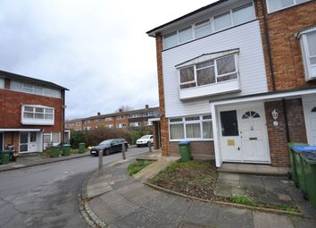 2 bed maisonette to rent in Southbourne Gardens, London SE12