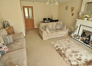 Thumbnail 3 bedroom town house for sale in Willow Garth Avenue, Leeds