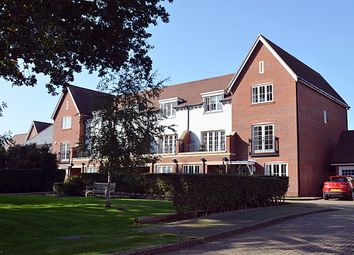 Thumbnail 3 bed town house for sale in Potters Green, Chichester
