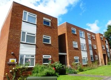 1 bed property to rent in Worplesdon Road, Guildford GU2