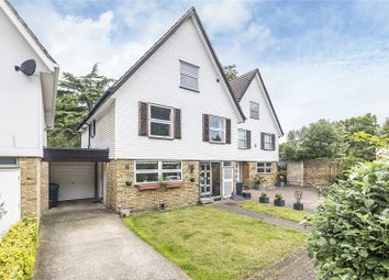 Thumbnail 6 bedroom detached house for sale in Alfreton Close, London