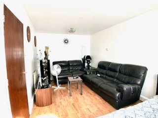 2 bed maisonette for sale in St Dunstans, Hayes UB3