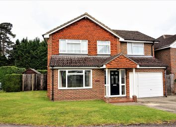 Thumbnail 5 bed detached house for sale in Gwyn Close, Newbury