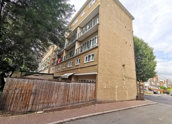3 bed shared accommodation to rent in Lunce St, London E14