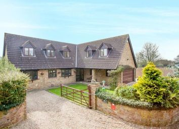 Thumbnail 4 bed detached house for sale in Bucks Hill, Chipperfield, Kings Langley, Hertfordshire