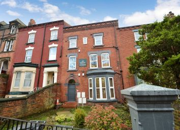 Thumbnail 4 bed flat to rent in Woodsley Road, Woodhouse, Leeds