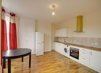 Thumbnail 3 bedroom flat to rent in Avenue Road, Acton