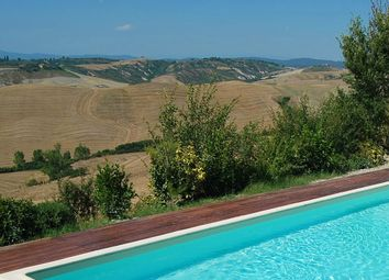 Thumbnail Hotel/guest house for sale in Via Agriturismo, Asciano, Siena, Tuscany, Italy