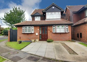 Thumbnail 5 bed detached house for sale in Girton Court, Cheshunt, Waltham Cross