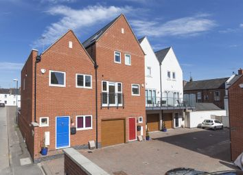 Thumbnail 3 bed mews house for sale in Alveston Place, Leamington Spa
