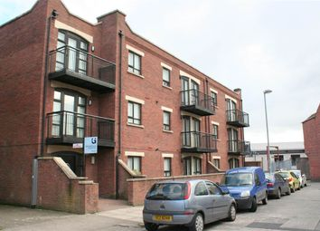 Thumbnail 2 bedroom flat to rent in 22, Cromwell Court, Belfast