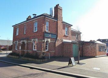 Thumbnail Pub/bar for sale in 6 Kent Road, Northampton