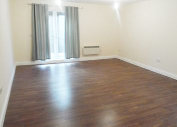 Thumbnail 1 bed flat to rent in Lower Road, Sutton