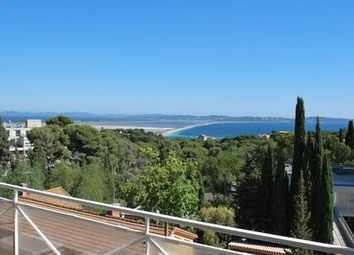 Thumbnail 1 bed apartment for sale in Hyeres, Var, France