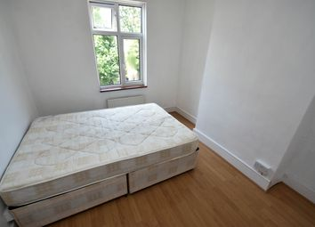 Thumbnail Room to rent in Avondale Road, Haringey Ladder, Green Lanes, Manor House
